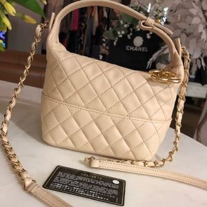 Auth CHANEL Beige Lambskin Hobo Shoulder Bag